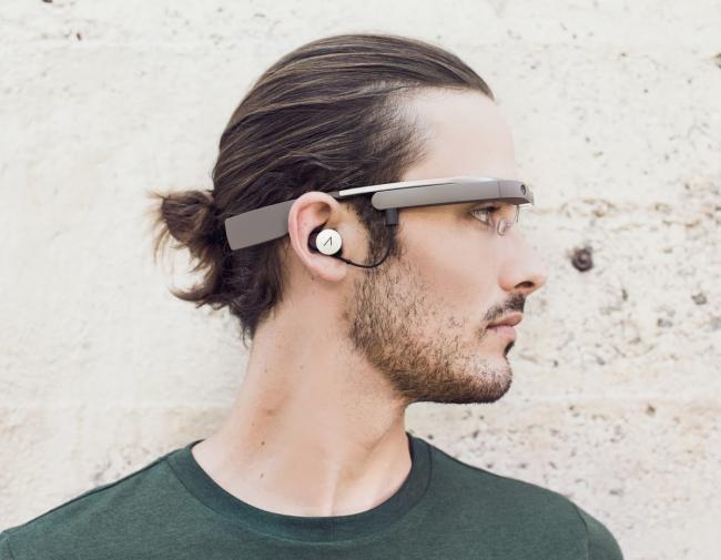 谷歌眼镜新增日程表和预定导航位置功能